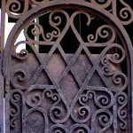 Orthordox_church_Gate_ St_Ptersburg