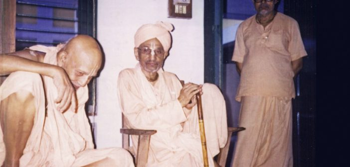Brahman jest nirvikar (niewzruszony) – anegdota z życia Sant Goswami Maharadża